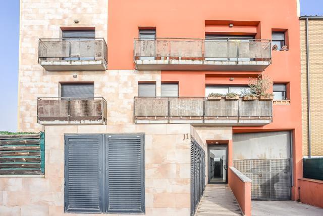 Piso en venta en Can Cavaller, Sils, Girona, Avenida Costa Brava, 114.000 €, 3 habitaciones, 2 baños, 99 m2