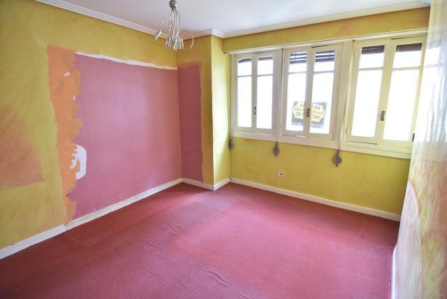 Piso en venta en Jardiñeta, Eibar, Guipúzcoa, Calle Bidebarrieta, 115.400 €, 3 habitaciones, 1 baño, 106 m2