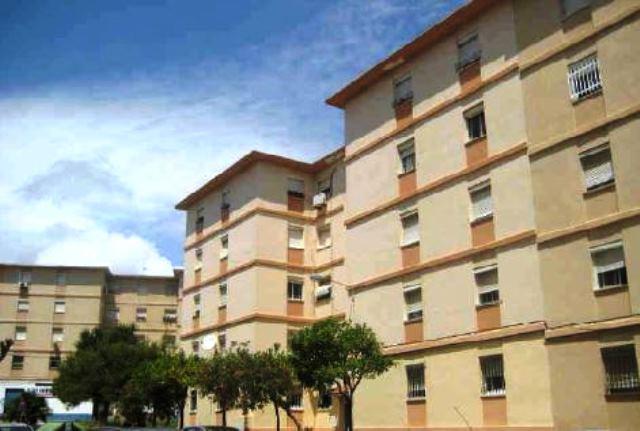 Piso en venta en San García, Algeciras, Cádiz, Calle Guadalmina, 39.900 €, 3 habitaciones, 2 baños, 81 m2