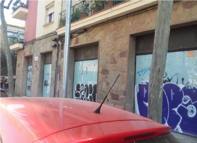 Local en venta en Local en Barcelona, Barcelona, 169.000 €, 119 m2