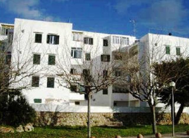 Piso en venta en Ciutadella de Menorca, Baleares, Pasaje Sindicat, 94.100 €, 2 habitaciones, 1 baño, 77 m2