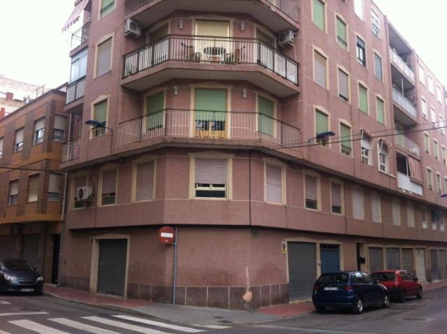 Piso en venta en Gran Alacant, Santa Pola, Alicante, Calle Ramon Y Cajal, 58.000 €, 3 habitaciones, 1 baño, 92 m2