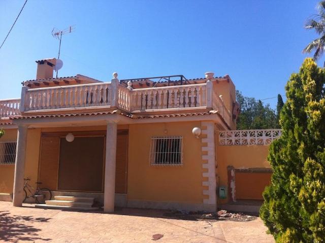 Casa en venta en Alicante/alacant, Alicante, Calle la Hoz, 173.000 €, 6 habitaciones, 3 baños, 221 m2