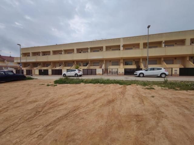 Piso en venta en Piso en San Pedro del Pinatar, Murcia, 55.000 €, 1 habitación, 1 baño, 50 m2