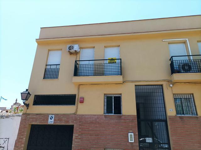 Piso en venta en Campamento, San Roque, Cádiz, Calle 60490532, 63.000 €, 2 habitaciones, 1 baño, 63 m2