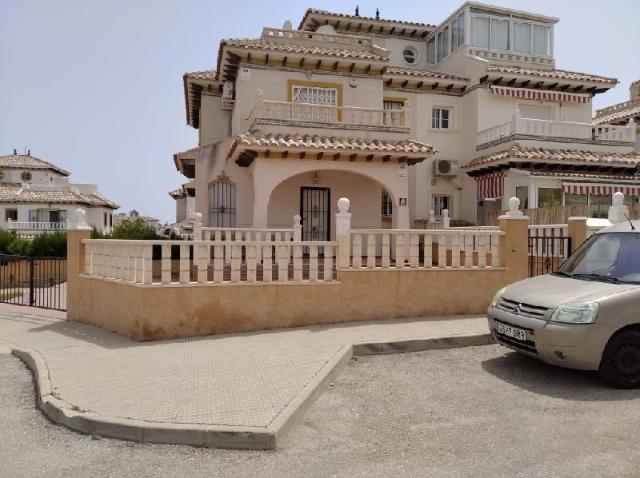 Casa en venta en Orihuela, Alicante, Urbanización Playa Golf Fase Ii, 125.000 €, 71 m2