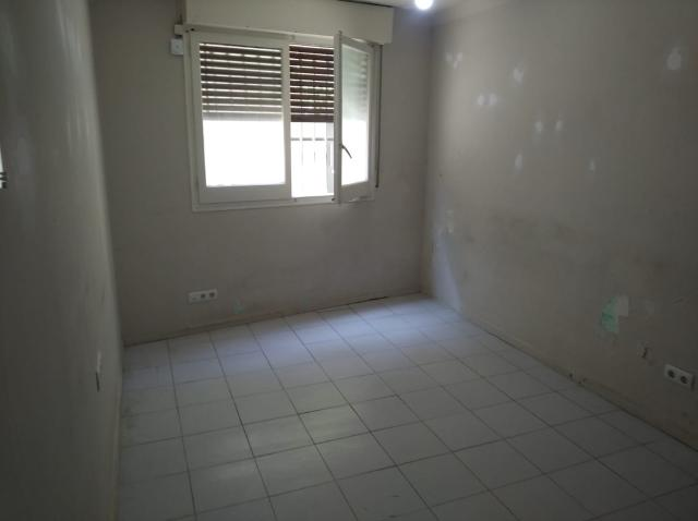 Piso en venta en Les Corts, Barcelona, Barcelona, Calle Cerdanyola, 193.000 €, 1 habitación, 1 baño, 65 m2