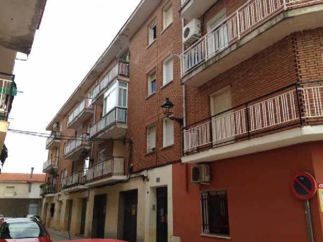 Piso en venta en Piso en Yunquera de Henares, Guadalajara, 68.500 €, 2 habitaciones, 1 baño, 81 m2