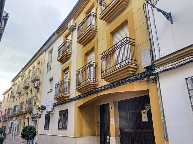 Piso en venta en Lucena, Córdoba, Calle Calle Santiago, 80.800 €, 2 habitaciones, 1 baño, 101 m2