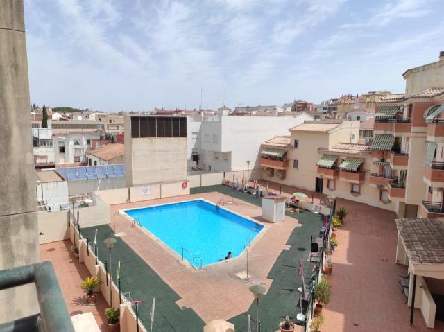 Piso en venta en Linares, Jaén, Calle Alfonso X El Sabio Ed Paladium, 105.000 €, 3 habitaciones, 2 baños, 137 m2