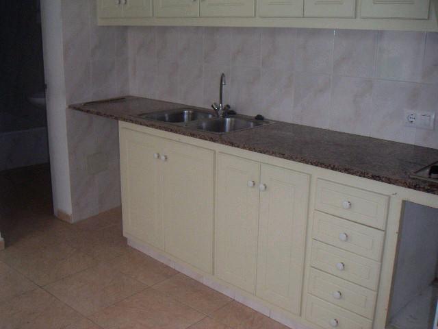 Piso en venta en Ciutadella de Menorca, Baleares, Calle Caracol, 87.000 €, 2 habitaciones, 1 baño, 101 m2