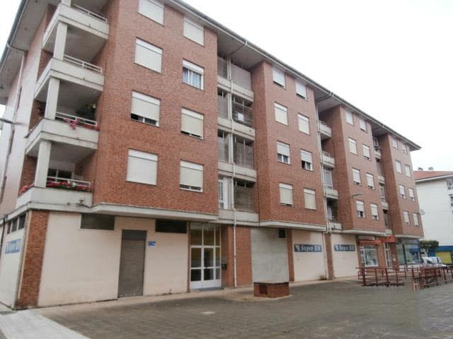 Piso en venta en Urbanización la Anjanas, los Corrales de Buelna, Cantabria, Calle Cataluña, 69.500 €, 2 habitaciones, 1 baño, 70 m2