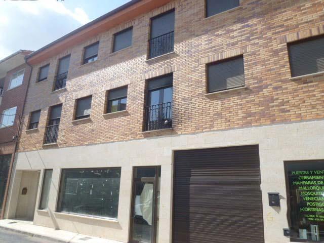 Local en venta en Sotillo de la Adrada, Ávila, Calle Jardines, 123.000 €, 235 m2