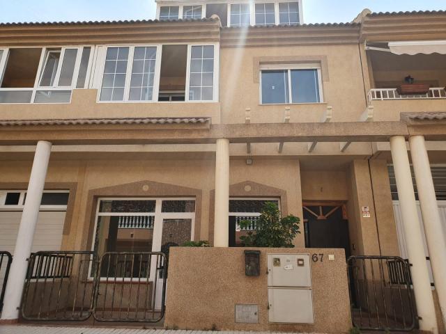 Casa en venta en Las Esperanzas, Pilar de la Horadada, Alicante, Calle Salvador Segui, 162.870 €, 4 habitaciones, 221 m2