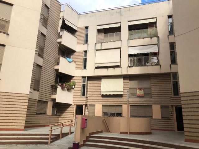 Piso en venta en Las Abadías, Mérida, Badajoz, Calle Marquesa de Pinares, 89.800 €, 3 habitaciones, 120 m2