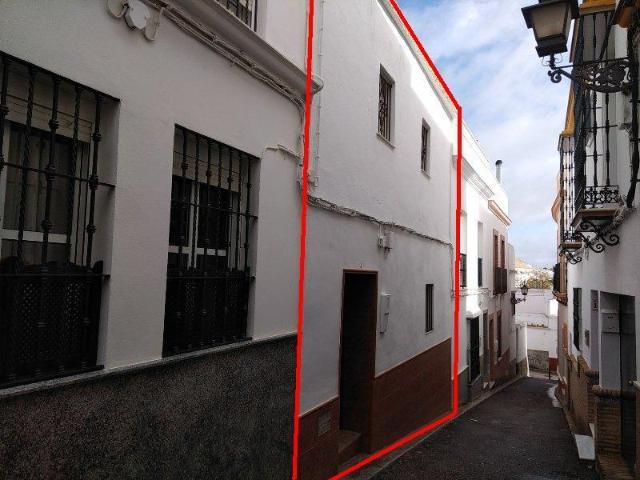 Casa en venta en Casa en Marchena, Sevilla, 45.300 €, 4 habitaciones, 202 m2