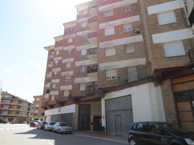 Piso en venta en Piso en Agramunt, Lleida, 54.100 €, 4 habitaciones, 143 m2