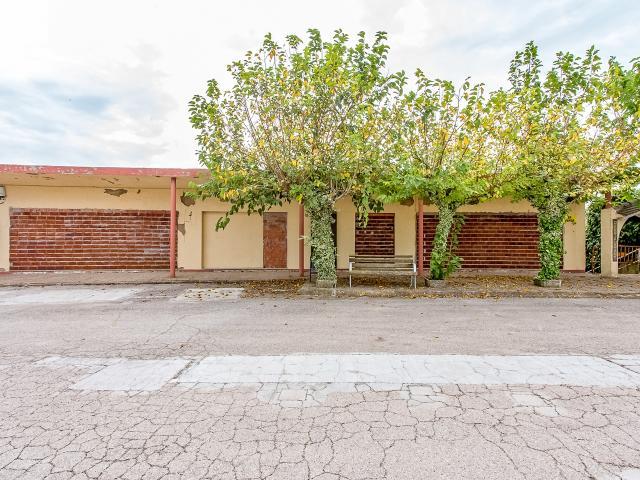 Local en venta en Local en Arenys de Munt, Barcelona, 84.200 €, 389 m2