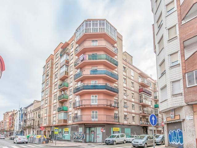 Local en venta en Local en Miranda de Ebro, Burgos, 166.900 €, 225 m2