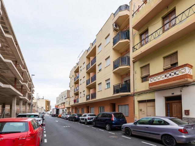 Piso en venta en El Punt del Cid, Almenara, Castellón, Calle Estación, 60.200 €, 3 habitaciones, 1 baño, 119 m2