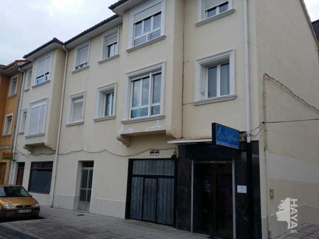 Piso en venta en El Zapatón, Torrelavega, Cantabria, Calle San Lorenzo, 76.800 €, 3 habitaciones, 1 baño, 77 m2