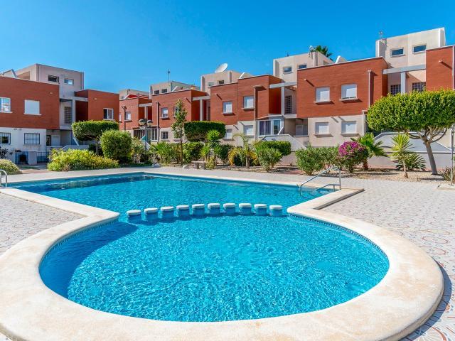 Casa en venta en Rojales, Alicante, Calle Caceres, 117.400 €, 3 habitaciones, 2 baños, 100 m2