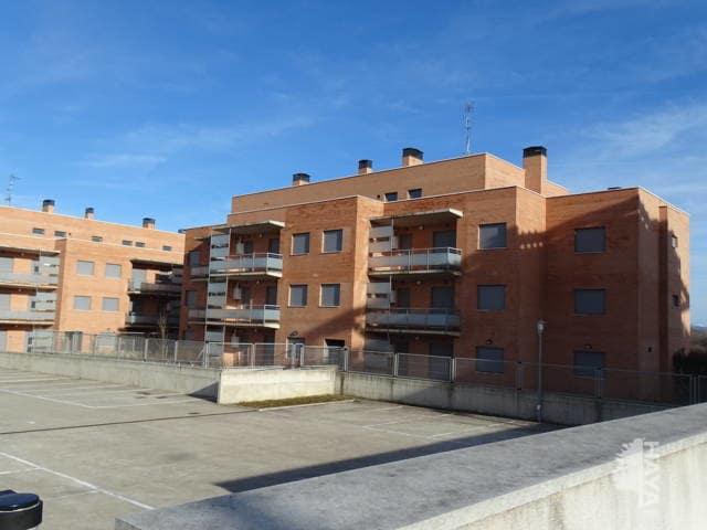 Piso en venta en Cirueña, La Rioja, Calle San Miguel, 64.000 €, 2 habitaciones, 2 baños, 99 m2