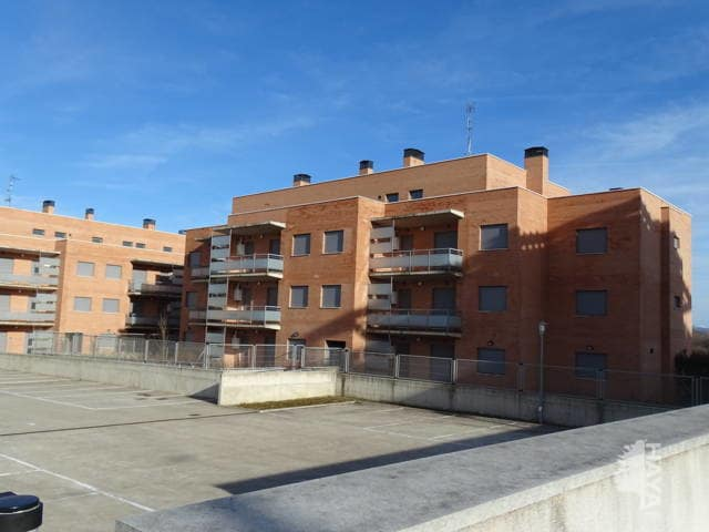 Piso en venta en Cirueña, La Rioja, Calle San Miguel, 65.000 €, 2 habitaciones, 2 baños, 99 m2