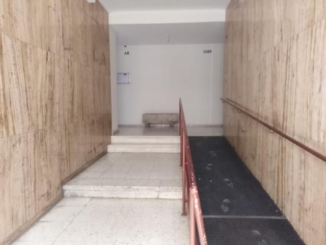 Piso en venta en San Fernando, Badajoz, Badajoz, Calle Cardenal Cisneros, 88.600 €, 4 habitaciones, 2 baños, 119 m2