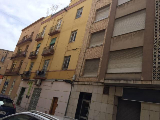 Piso en venta en Tortosa, Tarragona, Calle Dels Genovesos, 28.000 €, 3 habitaciones, 1 baño, 69 m2