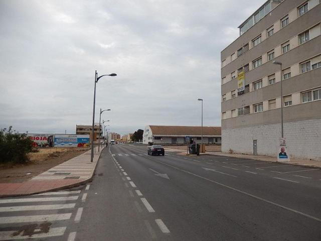Piso en venta en Cortijos de Marín, Roquetas de Mar, Almería, Calle El Yiyo, 45.400 €, 3 habitaciones, 1 baño, 100 m2
