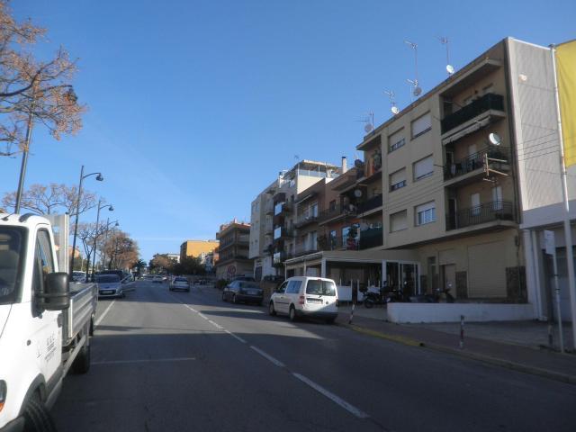 Piso en venta en Sant Feliu de Guíxols, Girona, Carretera Girona, 81.400 €, 3 habitaciones, 1 baño, 75 m2