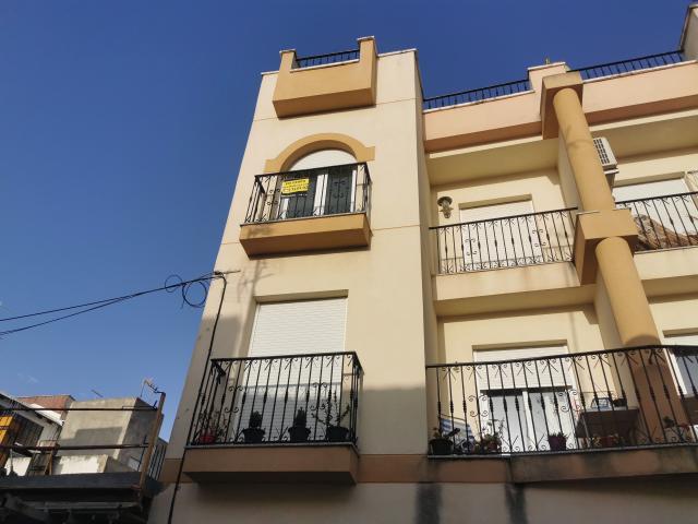 Piso en venta en Huércal-overa, Huércal-overa, Almería, Calle Carril, 83.600 €, 3 habitaciones, 6 baños, 119 m2