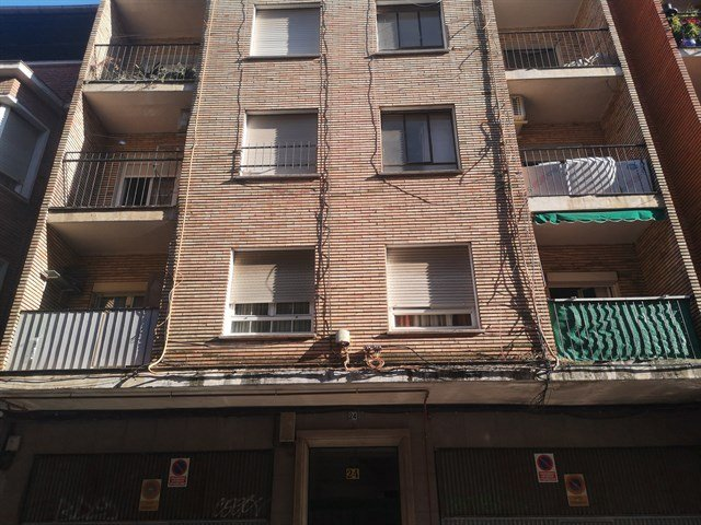 Piso en venta en Barrio de Santa Maria, Talavera de la Reina, Toledo, Calle Charcon, 36.000 €, 4 habitaciones, 1 baño, 115 m2