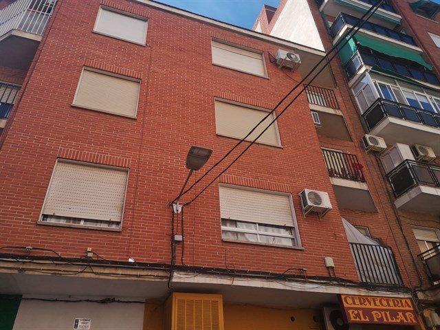 Piso en venta en Barrio de Santa Maria, Talavera de la Reina, Toledo, Calle Real de San Vicente, 47.000 €, 3 habitaciones, 1 baño, 88 m2