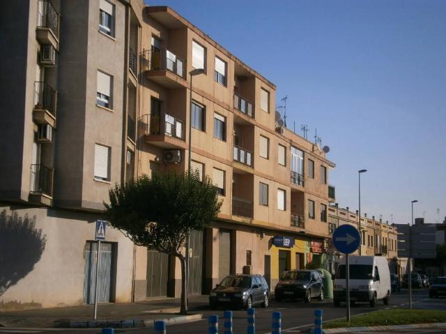 Piso en venta en Grupo 1º de Mayo, Nules, Castellón, Calle San Bartolome, 29.000 €, 4 habitaciones, 1 baño, 118 m2