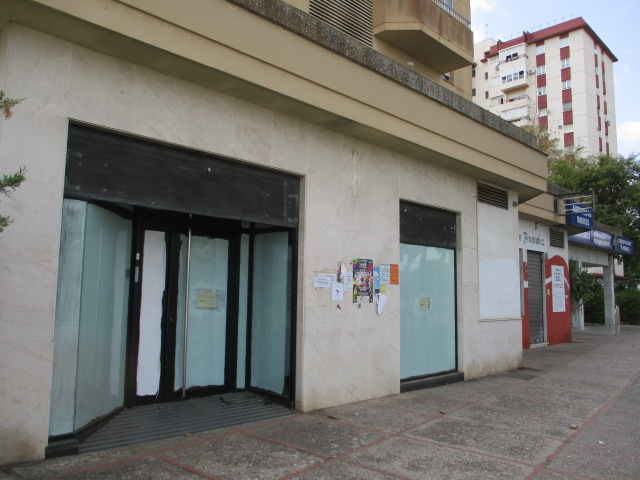 Local en venta en Los Albarizones, Jerez de la Frontera, Cádiz, Paseo Delicias, 177.100 €, 102 m2