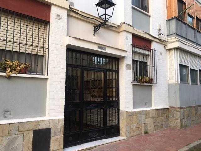 Piso en venta en Campamento, San Roque, Cádiz, Urbanización Barrio Cepsa, 55.100 €, 3 habitaciones, 1 baño, 103 m2