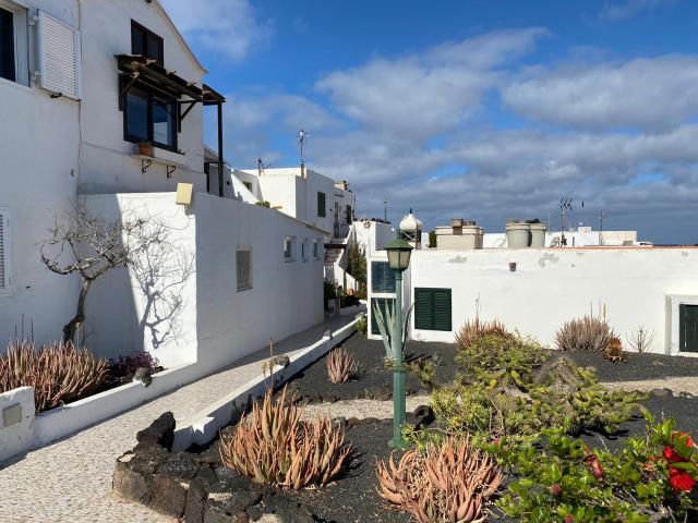 Piso en venta en Teguise, Las Palmas, Calle Canela, 92.500 €, 1 habitación, 1 baño, 60 m2