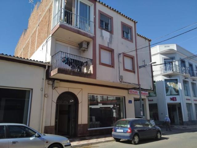 Piso en venta en Fuente Palmera, Córdoba, Calle la Fuente, 49.500 €, 4 habitaciones, 1 baño, 97 m2