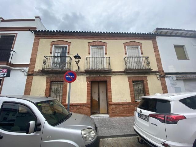 Casa en venta en Casa en Villanueva del Ariscal, Sevilla, 152.000 €, 4 habitaciones, 2 baños, 288 m2