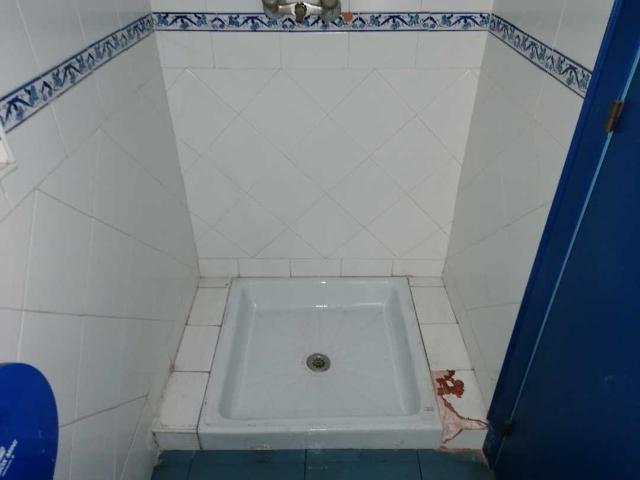 Piso en venta en Piso en Torrelavega, Cantabria, 95.000 €, 4 habitaciones, 2 baños, 125 m2