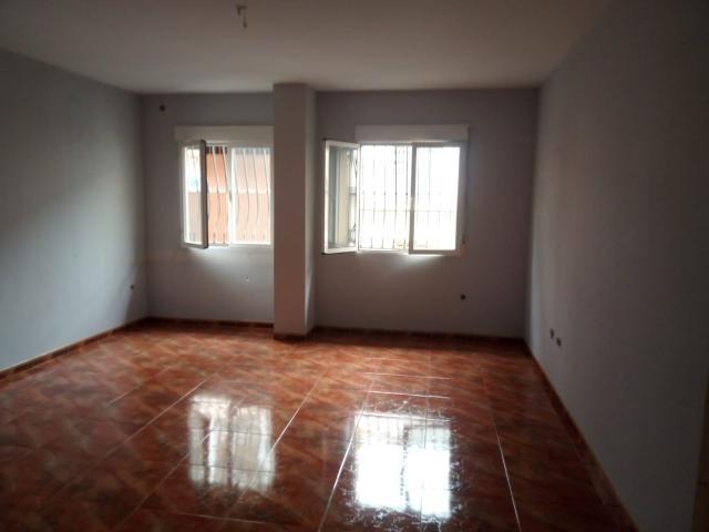 Piso en venta en Piso en Mancha Real, Jaén, 56.100 €, 1 baño, 95 m2