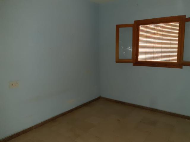Casa en venta en Casa en Alicante/alacant, Alicante, 164.000 €, 6 habitaciones, 3 baños, 221 m2