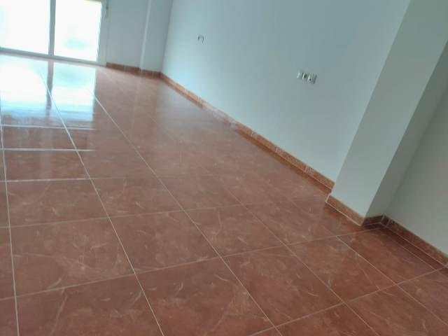 Piso en venta en Piso en El Ejido, Almería, 40.000 €, 3 habitaciones, 2 baños, 78,108 m2, Garaje