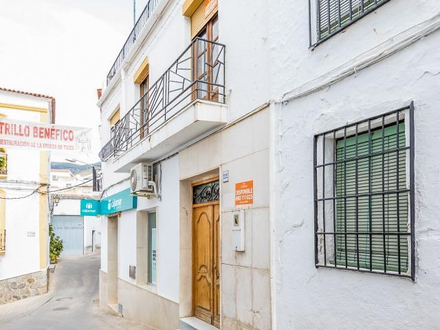 Piso en venta en Ohanes, Ohanes, Almería, Calle Mengemor, 47.000 €, 4 habitaciones, 1 baño, 100 m2
