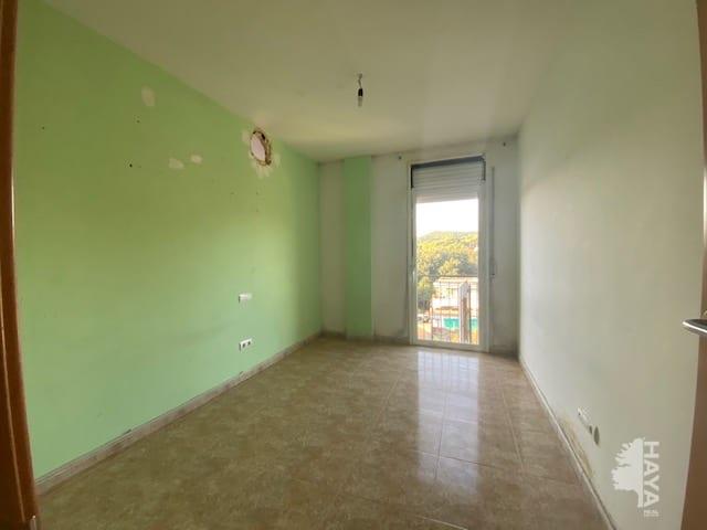 Piso en venta en Piso en Blanes, Girona, 83.900 €, 3 habitaciones, 1 baño, 57 m2