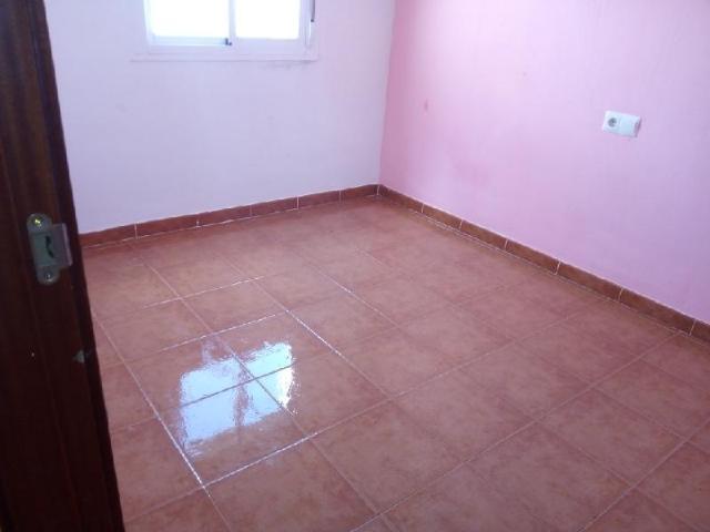 Casa en venta en Casa en Gerena, Sevilla, 98.400 €, 3 habitaciones, 3 baños, 101 m2