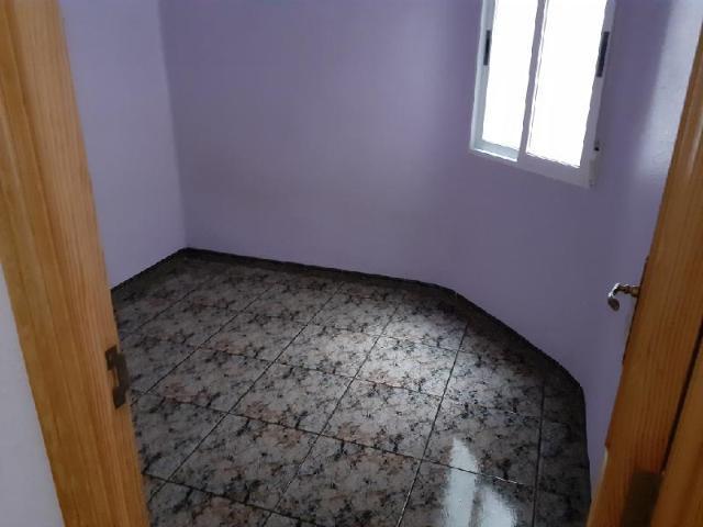 Piso en venta en Piso en Alcoy/alcoi, Alicante, 36.100 €, 80 m2