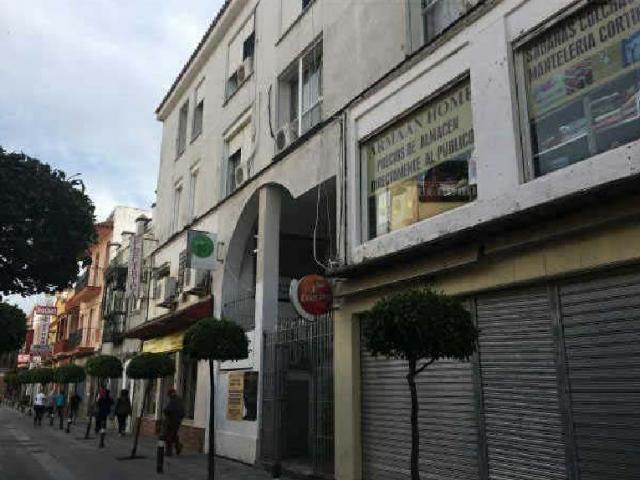 Piso en venta en San García, Algeciras, Cádiz, Calle Duque de Almodovar, 40.000 €, 4 habitaciones, 1 baño, 89 m2